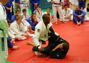 Terere Teaches a Guard Pass