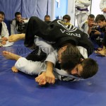 Mendes prefer the leg drag style passes because it leads to the back.